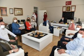 Hayat Boyu Öğrenme Haftası Karşıyaka Halk Eğitim'de kutlandı