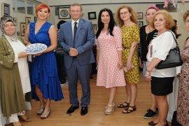 Karşıyaka Halk Eğitim Merkezi Yıl Sonu Sergisi açıldı
