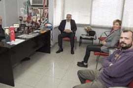 Cumhur İttifakı Meclis Üyesi adayı Seher Dikmen KARŞIYAKA HABER'i ziyaret etti