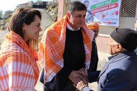 Dr. Cemil Tugay, Sancaklı'da büyük ilgi gördü