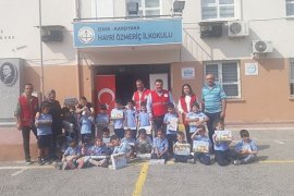 Türk Kızılayı Karşıyaka Şubesi'nden okullara destek