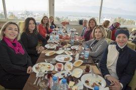 KARİŞKAD Kadınları Kadınlar Günü'nü kutladı