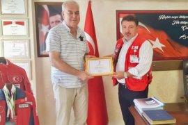Karşıyakalı amatörlerden Karadeniz'e teşekkür plaketi