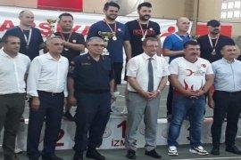 Masa Tenisinde Karşıyaka Kaymakamlık Kupası yapıldı