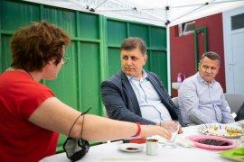 Başkan Tugay, Veteriner çalışanlarıyla kahvaltı yaptı