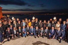 İzmirli belediye başkanları bir araya geldi