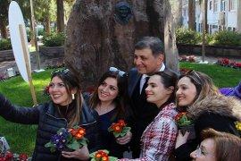 Tugay: Kadın haklarına sahip çıkmak, en çok Karşıyaka ve Karşıyakalılara yakışır