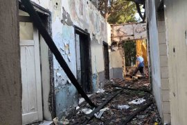 Karşıyaka'da metruk bina mücadelesi