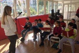 Karşıyaka Çocuk Korosu'nda konser hazırlığı…