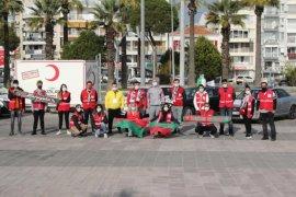 Türk Kızılay Karşıyaka Şubesi Dünya Karşıyakalılar Günü'nü kutladı