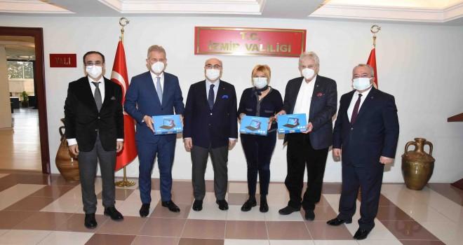 İzmir İş Dünyası bu kez öğrenciler için kenetlendi