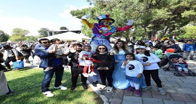 İzmir Büyükşehir'den çocuklara sürpriz tatil hediyesi