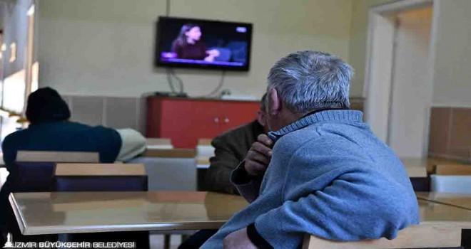 İzmir Büyükşehir dört otelin daha kapılarını evsizlere açtı