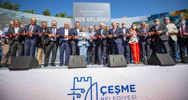 Kılıçdaroğlu'nun katılımıyla  Cumhuriyet Meydanı'na görkemli açılış