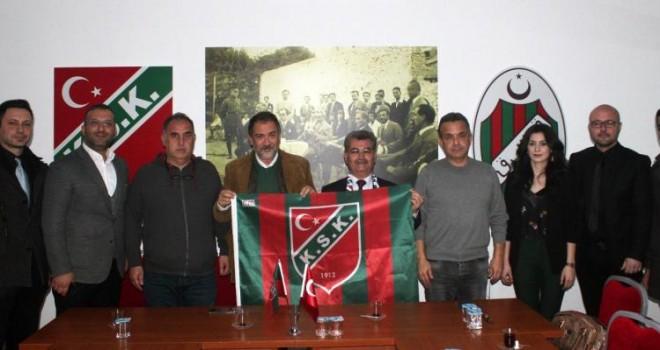 Suriye Türkmen Meclisi Karşıyaka'yı ziyaret etti