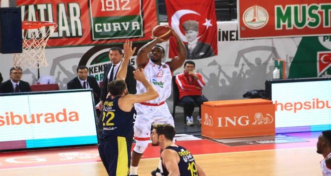 Pınar Karşıyaka'dan muhteşem geri dönüş