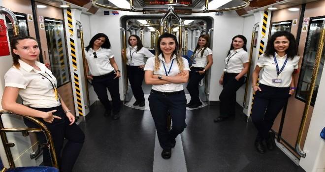 İzmir Metrosu ''mahir'' ellerde