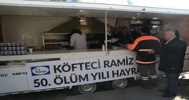 Köfteci Ramiz'in 50. ölüm yıl dönümü nedeniyle köfte dağıttılar