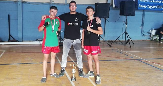 Bostanlıspor Kick Boks'ta şampiyon