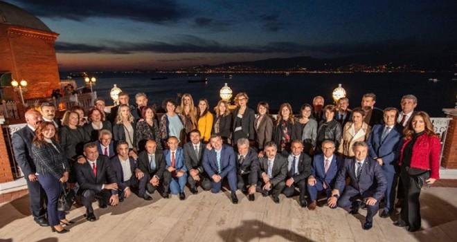 Tunç Soyer ve İzmir'in ilçe belediye başkanları Anıtkabir'i ziyaret edecek