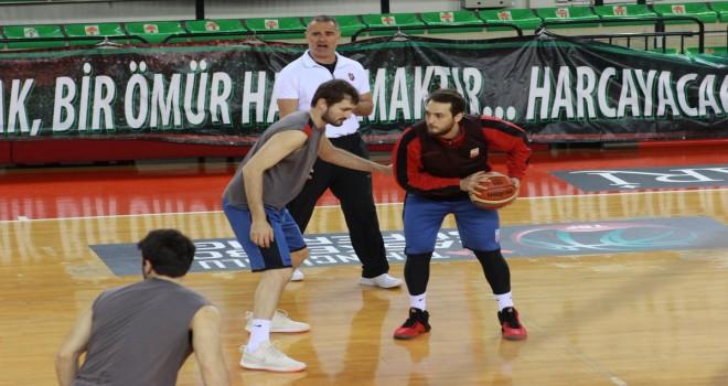 Pınar Karşıyaka, Daçka deplasmanında