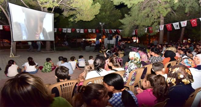 Bornova'da sinema dolu günler başladı