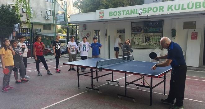 Bostanlıspor ve Karşıyaka Halk Eğitim Merkezi Bahar Turnuvası düzenledi