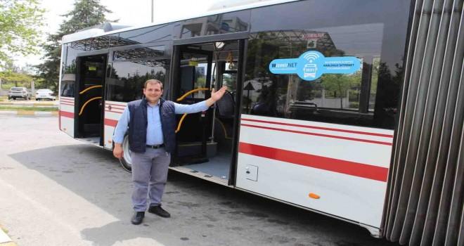 Gençlerin kullandığı otobüslere internet