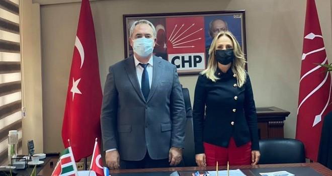 CHP Kadın Kolları Başkanı Karşıyaka'da