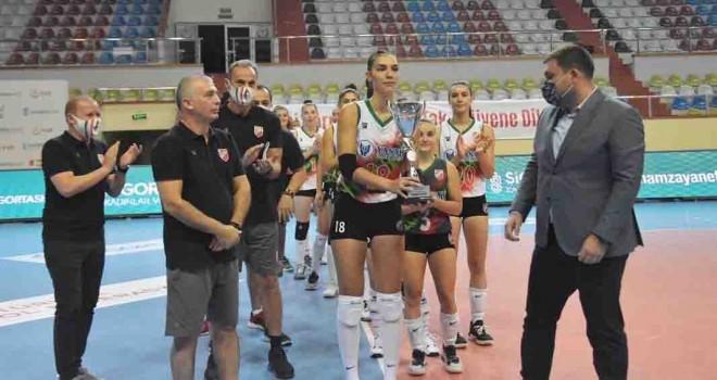 Hamza'ya Nefes Ol Turnuvası'nda şampiyon Karşıyaka