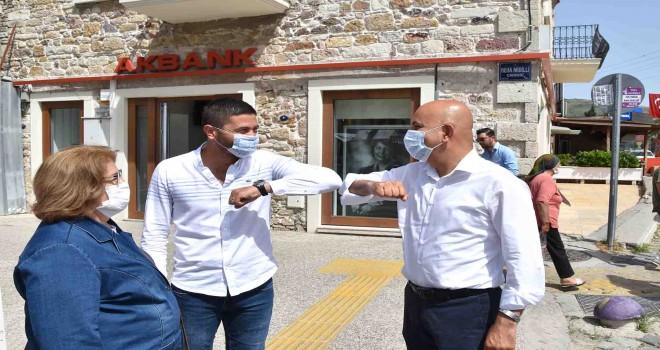 Milletvekili Polat Foça'yı ziyaret etti