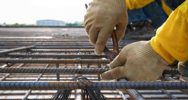 Müteahhitler demirdeki fiyat artışlarını Rekabet Kurulu'na taşıyor