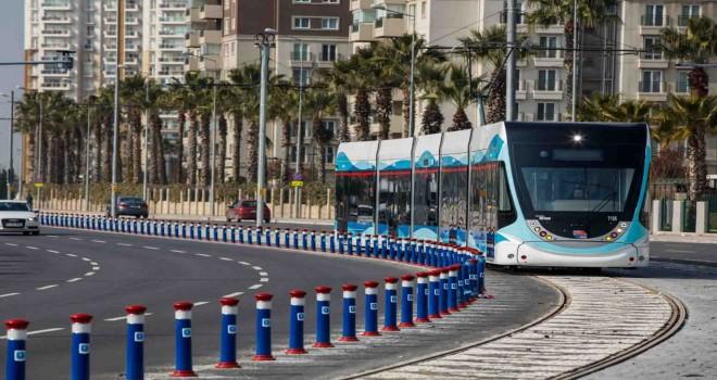 Karşıyaka-Çiğli Tramvayı'nın ihalesine 17 firma katıldı