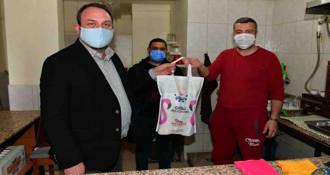 Çiğli'de kahvehane esnafına normalleşme desteği