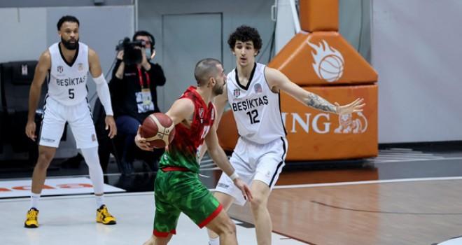 Pınar Karşıyaka'nın yeni yılda ilk galibiyeti Beşiktaş'a karşı