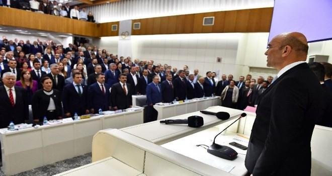 İzmir Büyükşehir Belediye Meclisi Tunç Soyer Başkanlığı'nda ilk kez toplandı