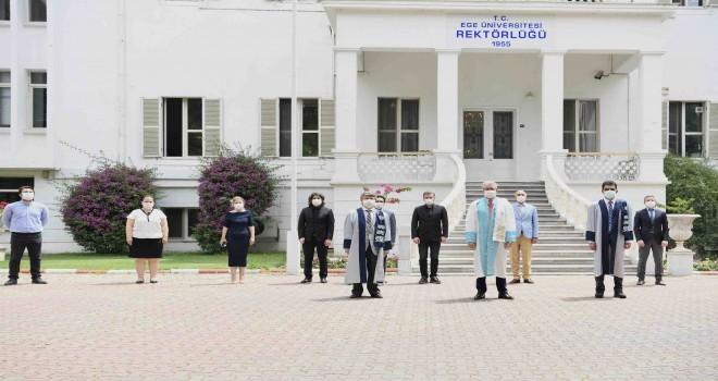 Ege Üniversitesi 65. yılını törenle kutladı