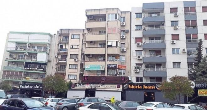 Bostanlı'daki yatık binalarda daire sahiplerine 18 ay süresince kira yardımı yapılacak