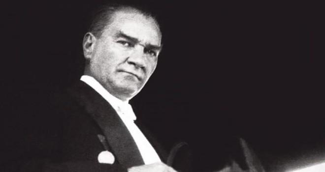 Karşıyaka Gazi Mustafa Kemal Atatürk'ü anıyor