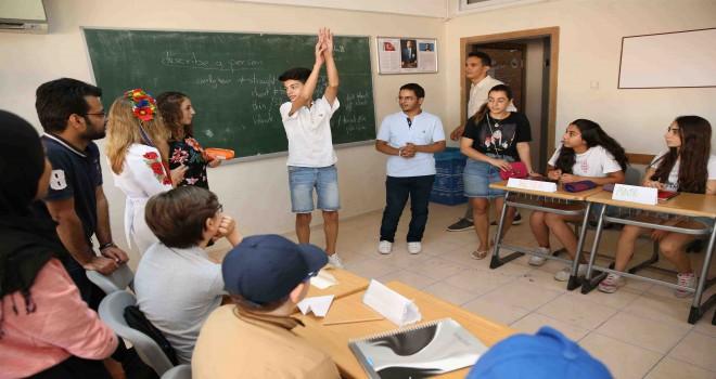 Dünya gençleri Karşıyaka'da buluşacak