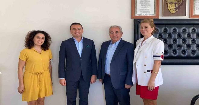 Karşıyaka Tarım ve Orman Müdürü Üngür'den Korkmaz'a ziyaret