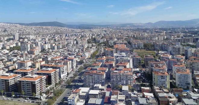 Adnan Bozbay: İzmir'de kentsel dönüşüm seferberliği ilan edilmeli