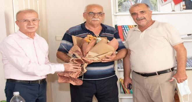 Karşıyaka Müftüsü Gürler'den Muhtarlar Derneği Başkanı'na ziyaret