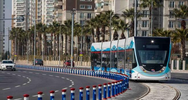 İzmir'de toplu ulaşıma tam kapanma ayarı