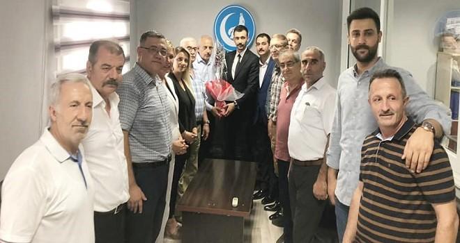 MHP Karşıyaka, İzmir Ülkü Ocakları yeni başkanını ziyaret etti