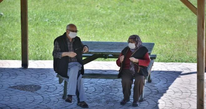 İzmir'de 65 yaş üstü vatandaşlara kısıtlama getirildi