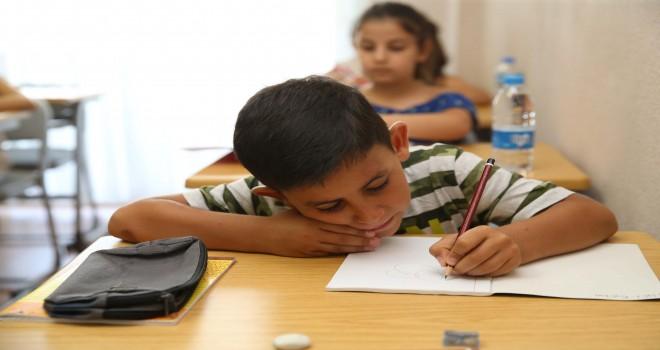 Karşıyaka'da ''Ödev Evleri'' açılıyor