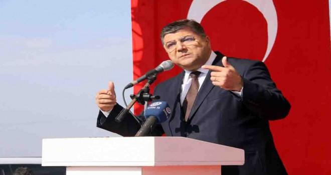 CHP'li Sındır: Milli bayramlarımızı unutturmaya kimsenin gücü yetmedi, yetmeyecek