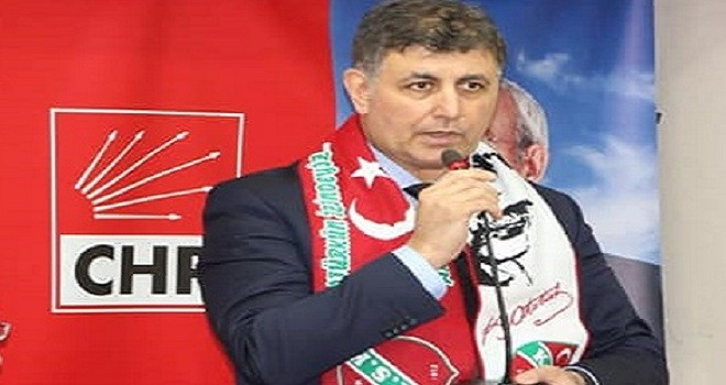 Karşıyaka Belediye Başkanı Dr. Tugay, öğrencilere başarılar diledi