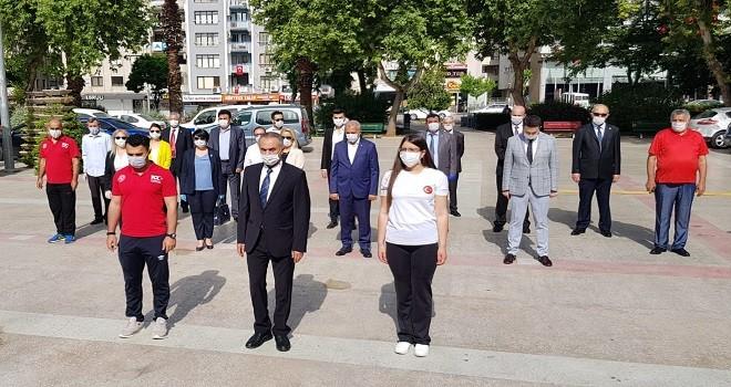 19 Mayıs Karşıyaka'da sade törenle kutlandı